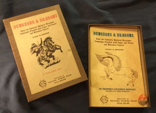 Original Woodgrain Edition Dungeons and Dragons Box Set. Crédit photo : BlackGate.